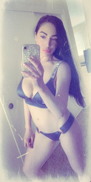 Hazal outcall escorts