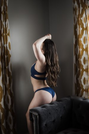 Ghizlane outcall escorts in Clinton Maryland, sex party