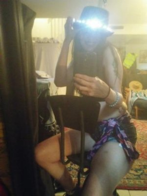 Marie-floriane outcall escort in Pittsburg KS